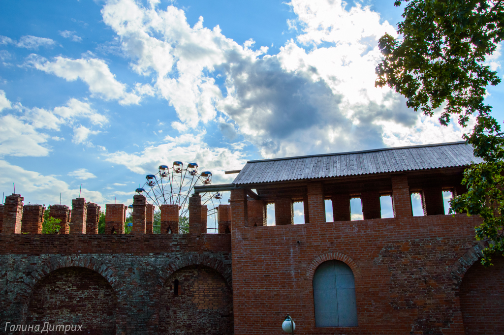 Крепостная смоленская стена фото