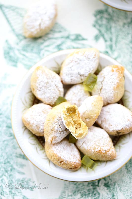 Ricciarelli au cédrat confit (biscuits italiens aux amandes)
