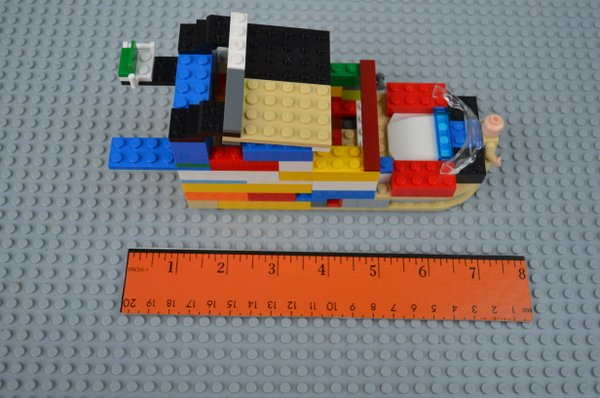 Math Activities for Preschoolers: Learning With Legos - Simple Measurements