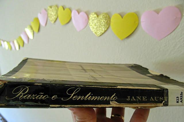 lombada do livro Razão e Sentimento escrito por Jane Austen