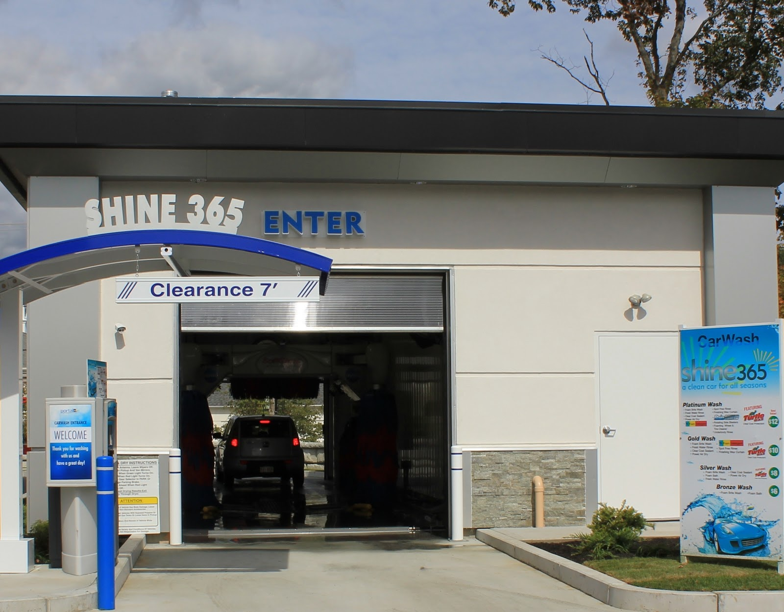 Shine Auto Wash Cumberland Rhode Island Car Wash North Kingstown Quonset on Car Wash Post Road North Kingstown Ri