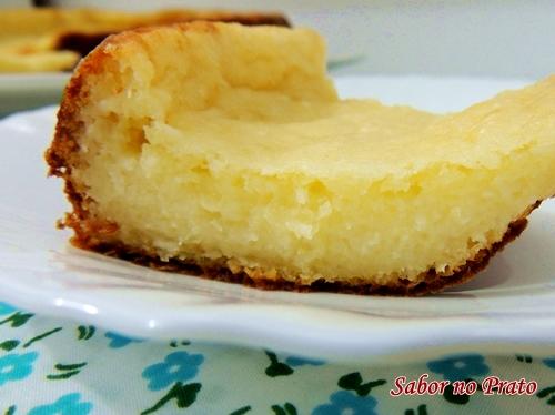 Receita fácil de bolo de mandioca (aipim)