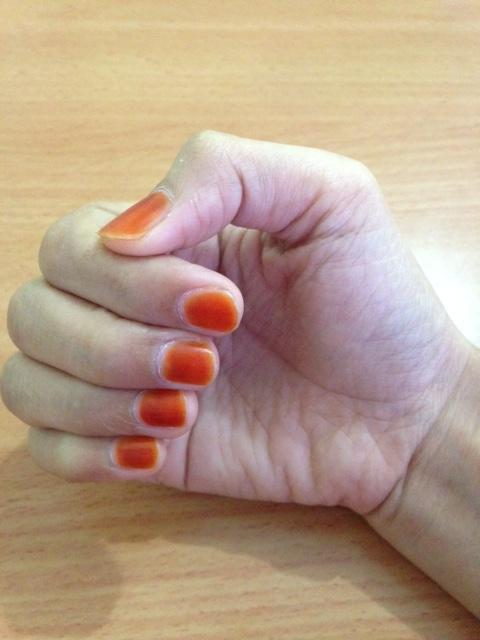 Celoteh Dii Centil Dengan Henna
