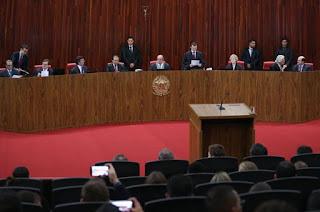 http://vnoticia.com.br/noticia/1595-tse-rejeita-questoes-preliminares-no-julgamento-da-chapa-dilma-temer