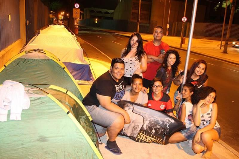 Fãs estão acampados para show de Justin Bieber no Rio marcado para março