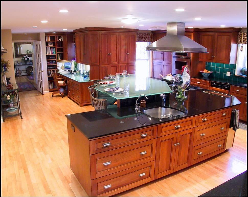 Hogares frescos dise os de cocinas estilo office for Disenos de cocinas pequenas con barra
