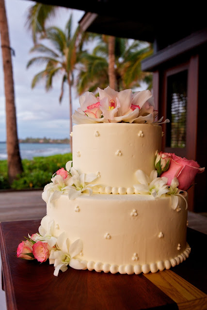 island wedding cake creations big island weddings by vintage amp lace cakes in paradise 16498