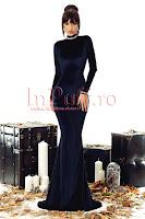 Rochie lunga de seara neagra din catifea • Atmosphere