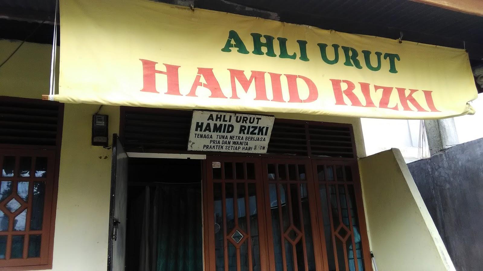 Papan Reklame Ahli Urut Hamid Rizki