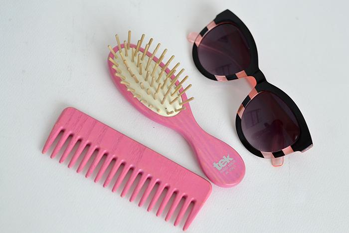pettine spazzola rosa