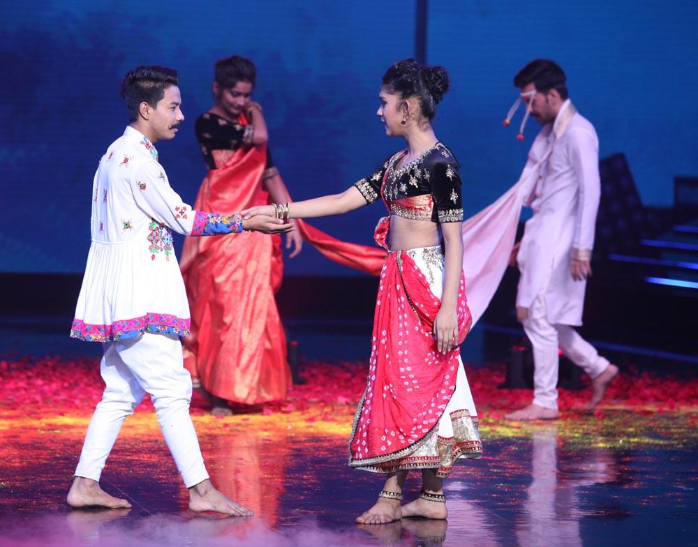 'डांस प्लस' 4 के प्रतियोगी दीपवीर की लव स्टोरी को डांस के रंग के साथ रिक्रिएट करते हुए