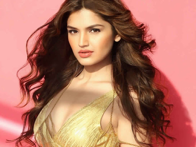 Ultra HD Tara Alisha Berry Images Wallpapers Pictures