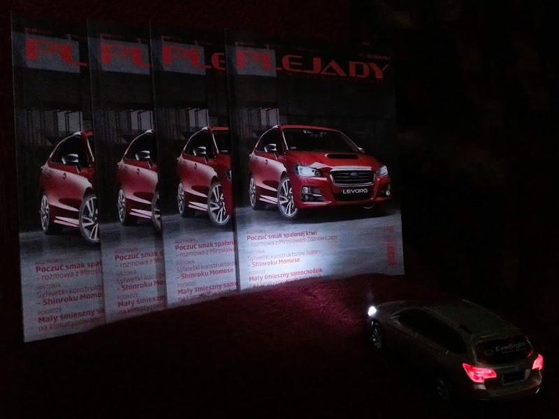 Subaru Outback oświetla PLEJADY