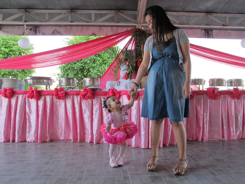 a ballerina themed first birthday party suppliers and the lowdown