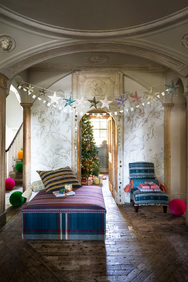 10 Insanely Fun and Colorful Holiday Decoration Ideas..
