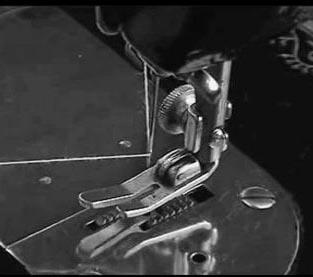 Lpk Intan Sruweng Kebumen Menyiapkan Mesin Jahit Untuk Membordir Manual