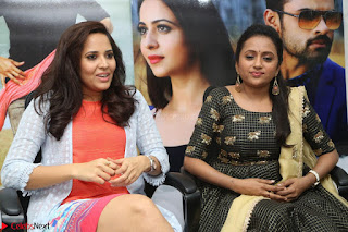 Actress Suma in Black Salwar Suit and Anusuya in orange Dress at winner movie press meet part 2 February 2017 (34).JPG
