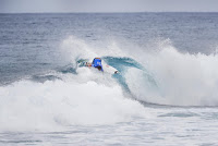 40 Jordy Smith Billabong Pipe Masters 2016 foto WSL Damien Poullenot