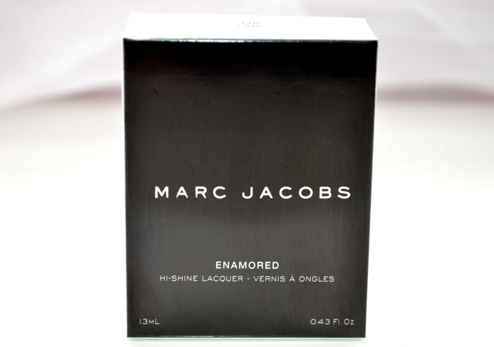 Image of the monochrome packaging