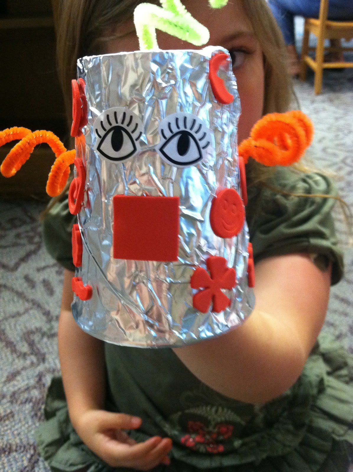 In the Children's Room: Theme Thursday: Robots!