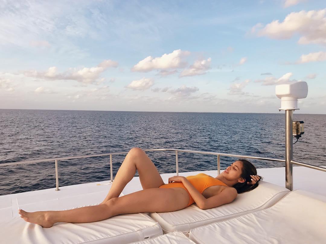 maine mendoza sexy bikini pics 04
