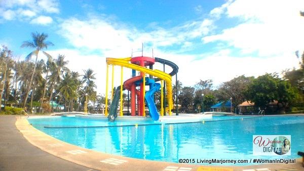 Island Cove Getaway Giant Pool