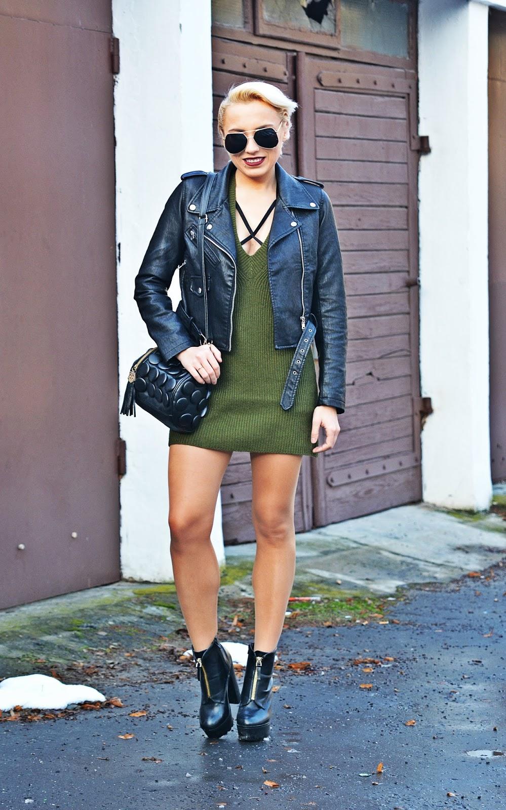 blogerka_modowa_karyn_zielona_sukienka_dzianinowa