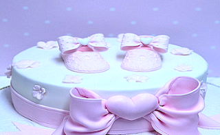 scarpe torta rosa battesimo bambina