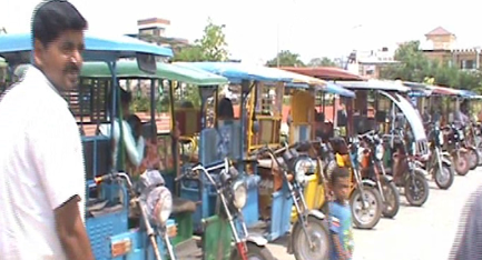 Pollution of BJP's e-Rikshaws spread in Faridabad, Traffic Police cut 7-7 thousand invoices