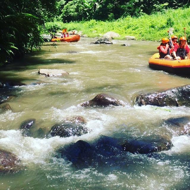 foto arum jeram sungai ayung ubud