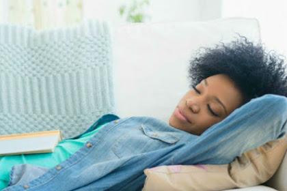 Tidur Siang Mampu Pertajam Otak, Berapa Waktu yang Ideal?
