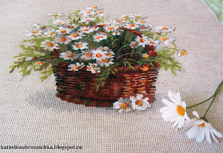 вышивка полевые ромашки