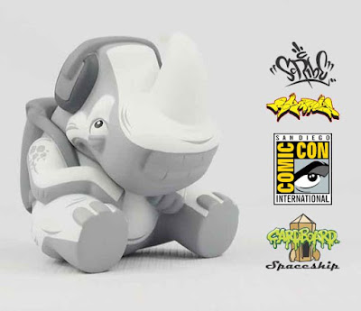 "San Diego Comic-Con 2016 Exclusive ""Holy Ghost"" Rumpus Vinyl Figure by Scribe x Cardboard Spaceship"