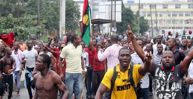 IPOB MEMBERS PROMISE TO KILL BUHARI IF HE TRIED VISITING THE SOUTH EAST