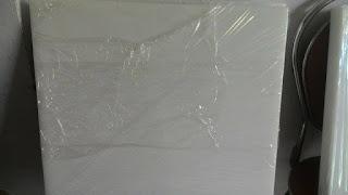 Tấm thớt nhựa PE 550*570*50mm là loại thớt nhựa dùng kê chặt thực phẩm trong các nhà hàng, siêu thị...