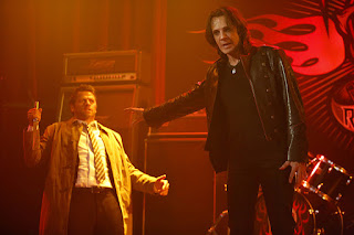 "Misha Collins as Castiel and Rick Springfield as Lucifer in Supernatural 12x07 ""Rock Never Dies"""