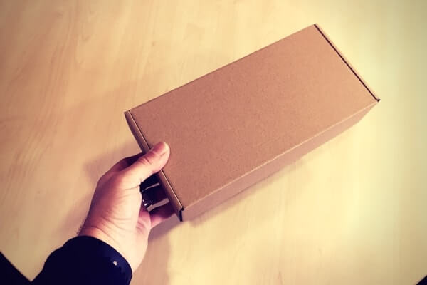 cajas para auriculares