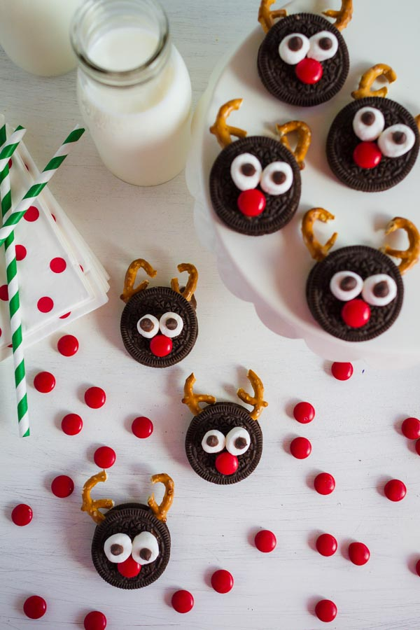 Adorable Reindeer Cookies!  So fun to make with the kids!  |  mynameissnickerdoodle.com