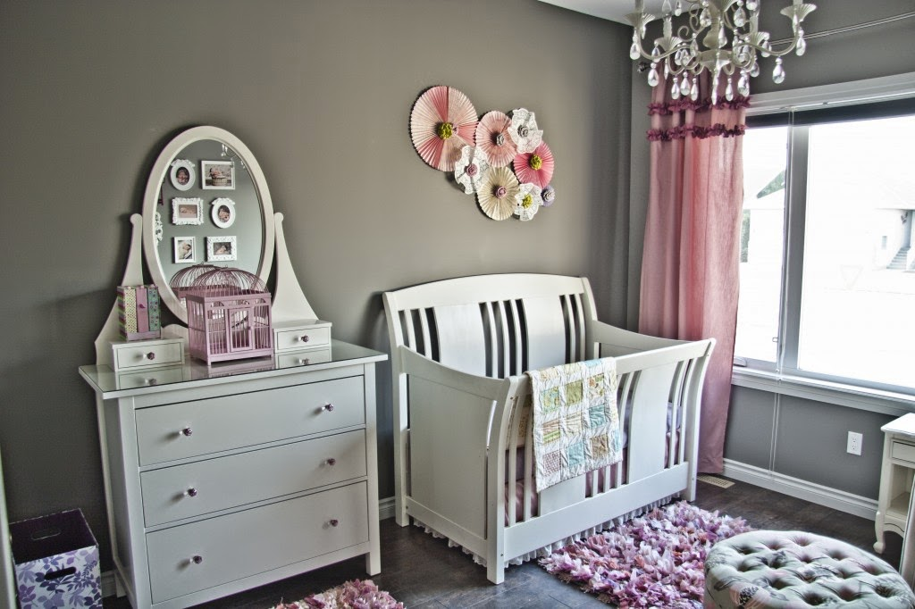 Детская комната небольшая