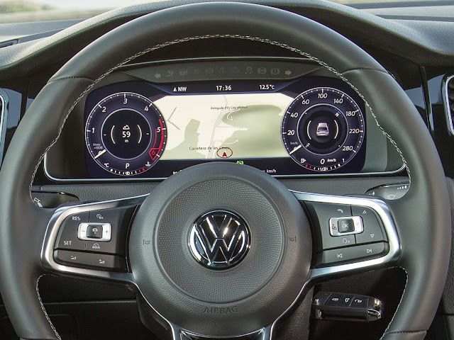 VW Golf GTI 2018 Performance - interior