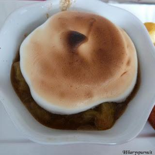 https://danslacuisinedhilary.blogspot.com/2013/09/rhubarbe-meringuee-meringued-rhubarb.html