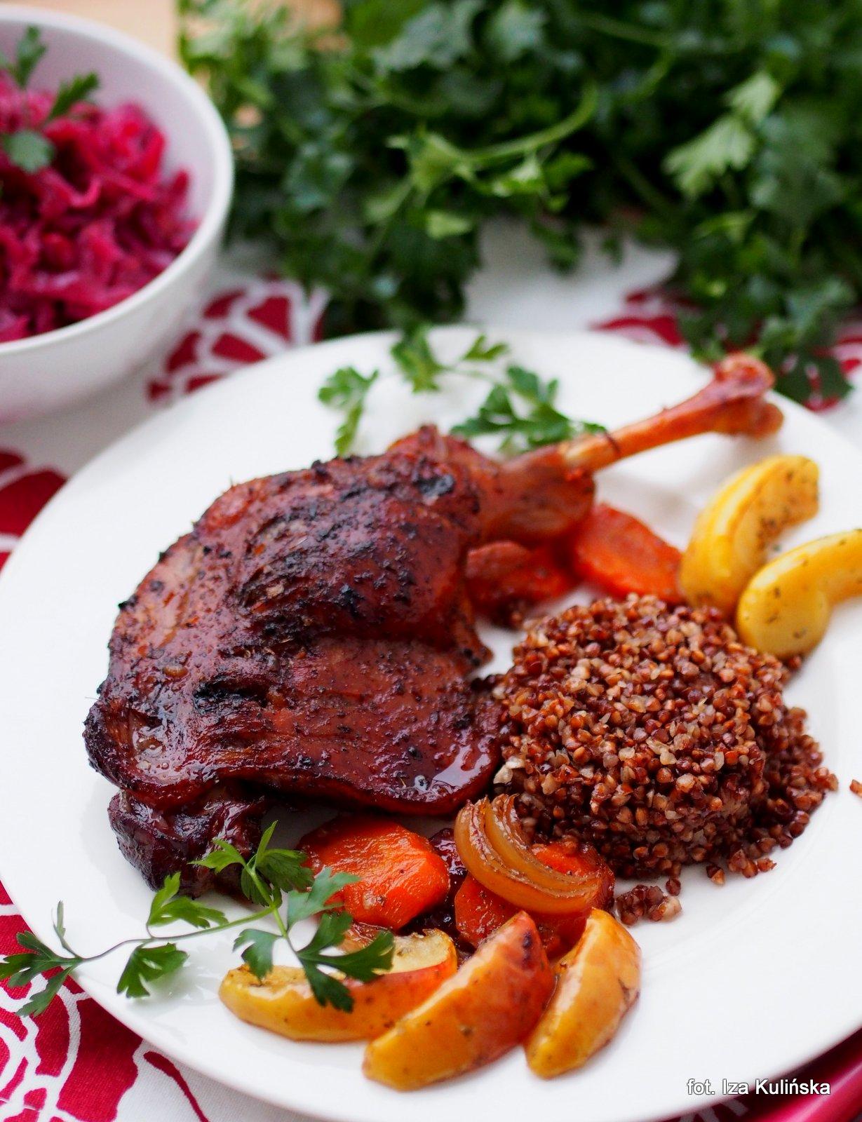 udka gęsie pieczone , gęsina , na świętego Marcina , gęś , gąska , dania z gęsi , najsmaczniejsze dania , domowe jedzenie , mięso , drób , czas na gęsinę , coś pysznego , najlepsze przepisy na domowe jedzenie