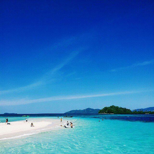 foto indahnya pulau saronde gorontalo