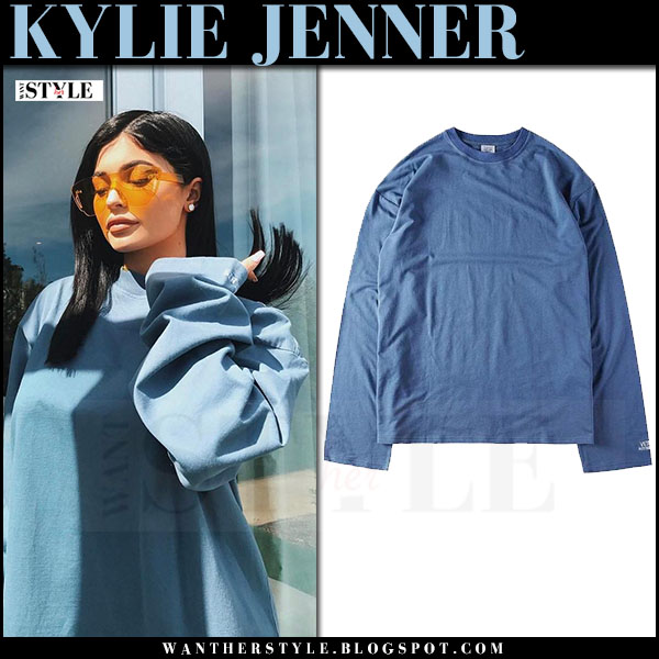 Kylie Jenner in blue oversized sweatshirt vetements what she wore march 2017