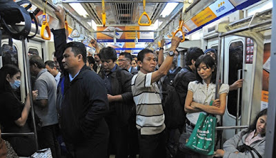 Tipe-tipe penumpang di Commuter Line
