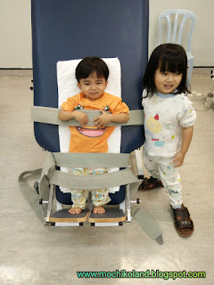 Haziq ng qin xuan, mild cerebral palsy, afo brace with hinge, playground, fisioterapi