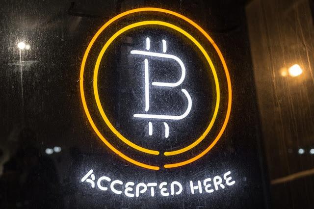 Bitcoin: Emas atau Batu Akik Digital?
