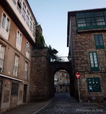 Porta do Viño - Arco de Mazarelo - Santiago de Compostela