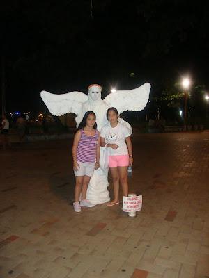 Estátua viva no calçadão de Meireles - Fortaleza - CE