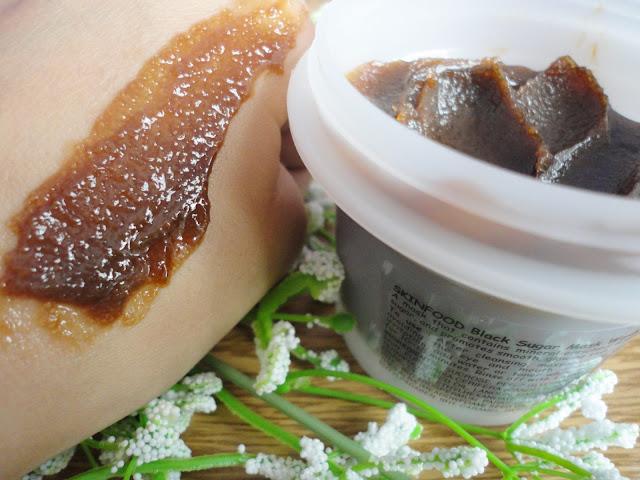 review black sugar mask da skinfood